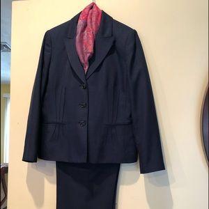 Pant Suit - Size 12 Evan Picone